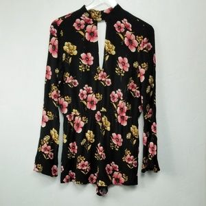Forever 21// Black and floral romper peplum sleeve